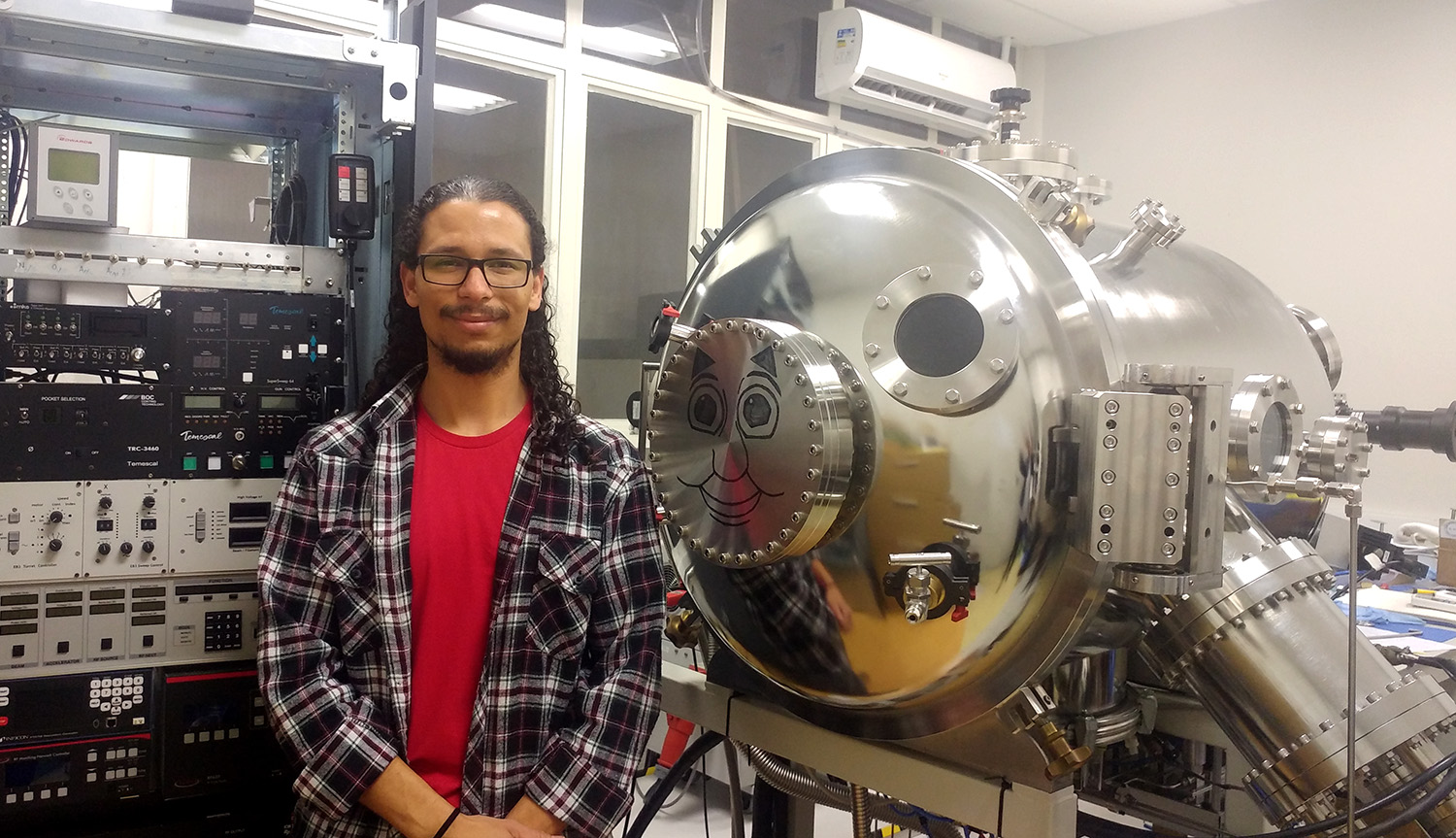 Lucas Cervi - IBAD – Ion Beam Assisted Deposition (Deposição por Feixes Iônicos Assistida) - Instituto de Física da USP